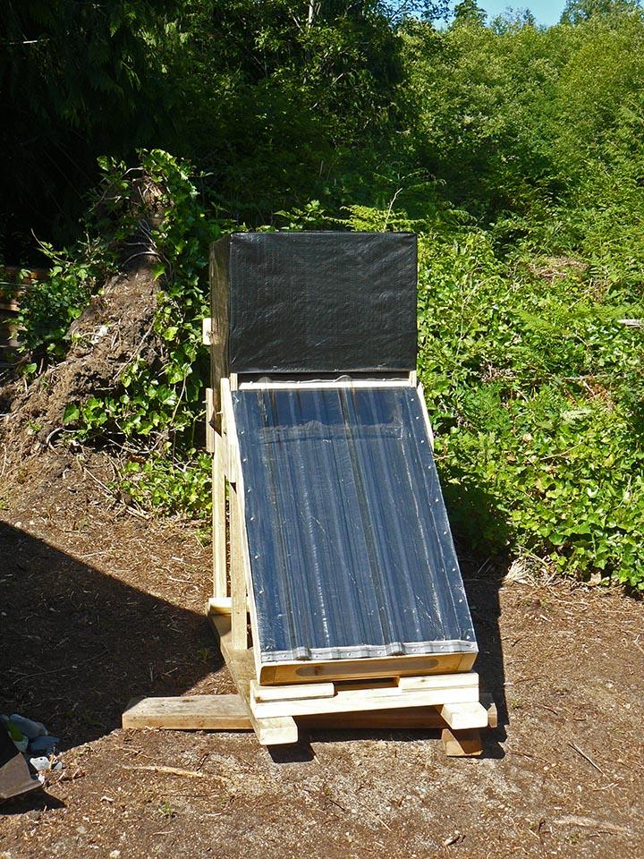 A Solar Dehydrator
